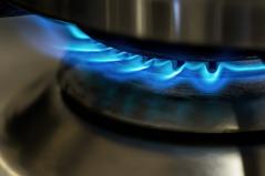 Petrobras vai reajustar preços do gás de cozinha em 5,3% nesta quinta-feira